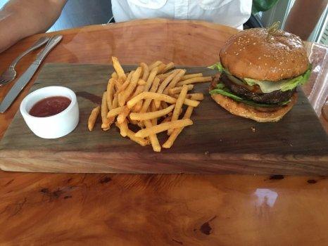 sotola burger
